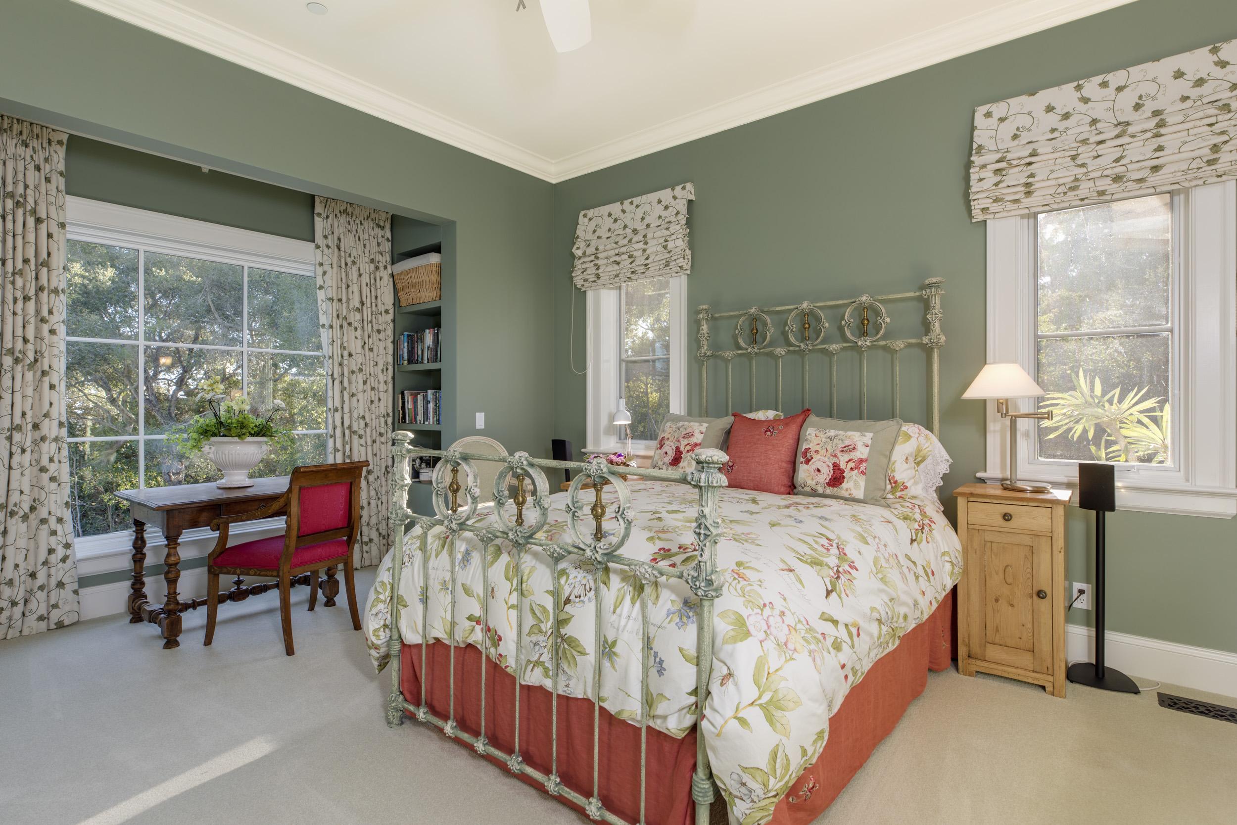 Entry Bedroom Suite 1