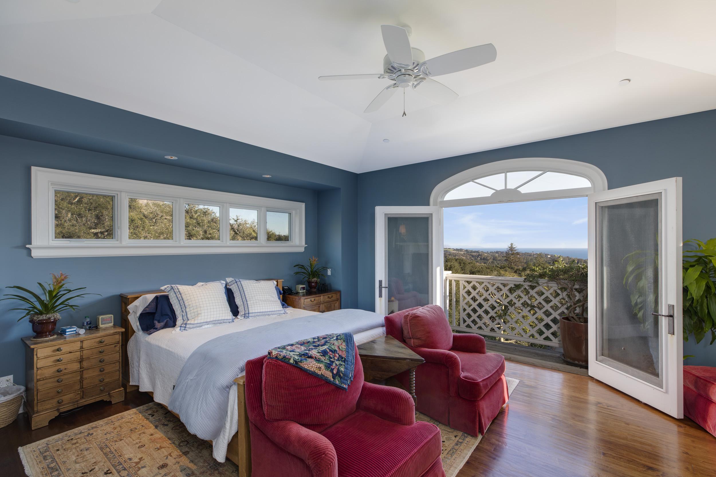 Master Suite w Big Views
