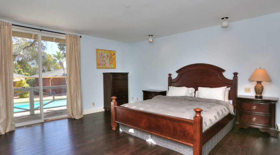 Bedroom Suite 4.jpg