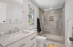 BD Suite Bath