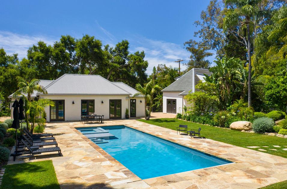 Pool & Guest House.jpg