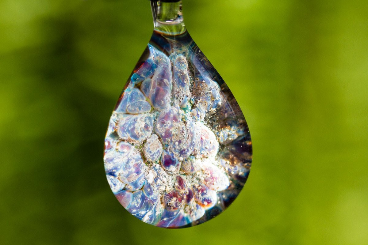 giverny-gardens-drop-pendant-with-infuse