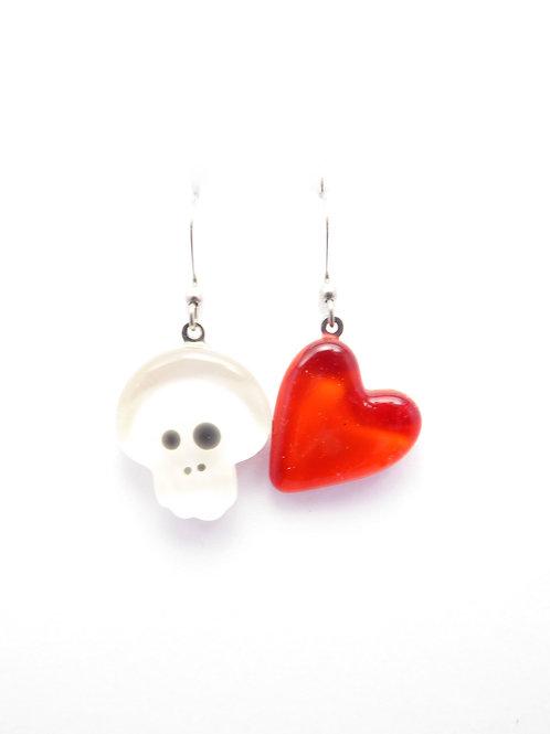 SK12wr glass earrings / boucle d'oreilles en verre