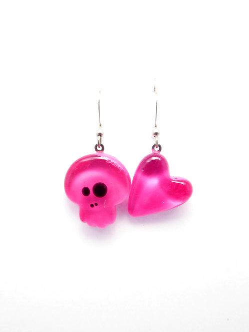 SK12pkpk glass earrings / boucle d'oreilles en verre