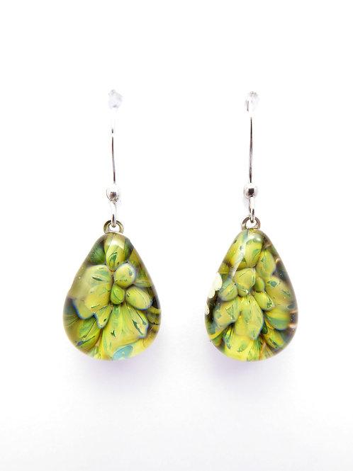 CE12 glass earrings / boucle d'oreilles en verre