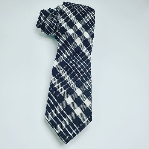 Wide Black and White Plaid