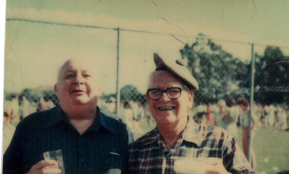 1961 Nesbitt  & Toby Dods at picnic