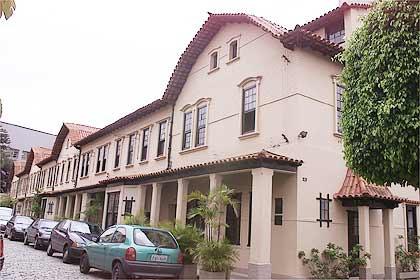 Vila Inglesa Rua Maua - Folha.jpg
