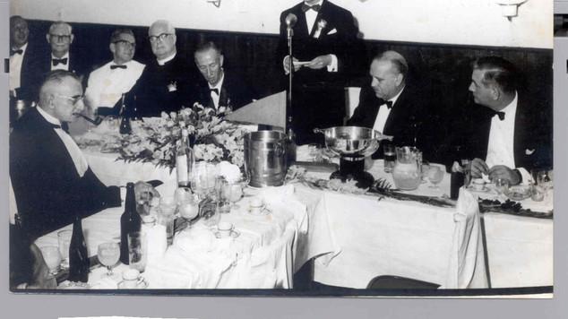 1977 Banquet Affleck