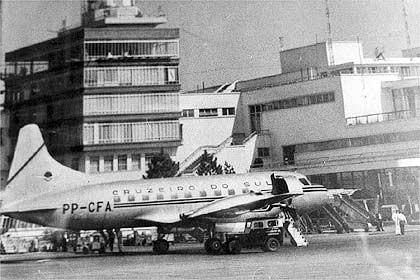 First Ponte Aerea - Convair 340 - Folha.