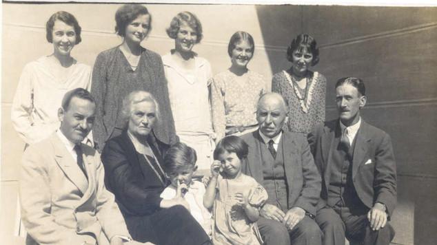 1924 TB Muir