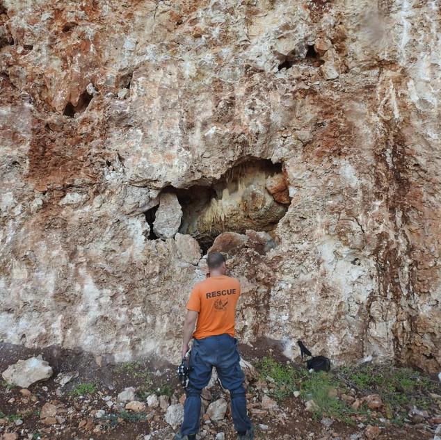 מערת נטיפים באתר בניה בכיסרא