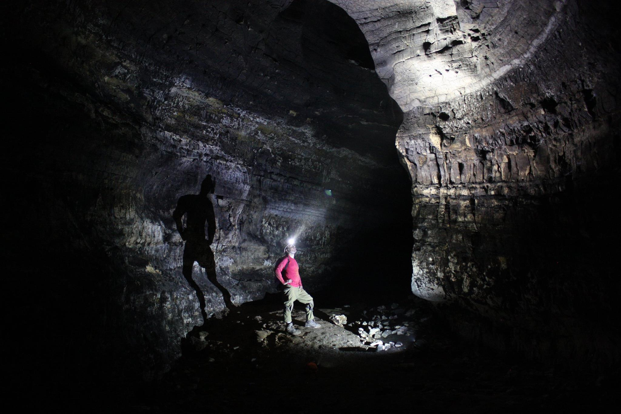 מחילה עליונה במערת טור א-צפא.