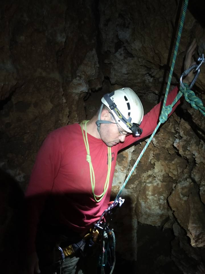 Israel cave explorer club - projects