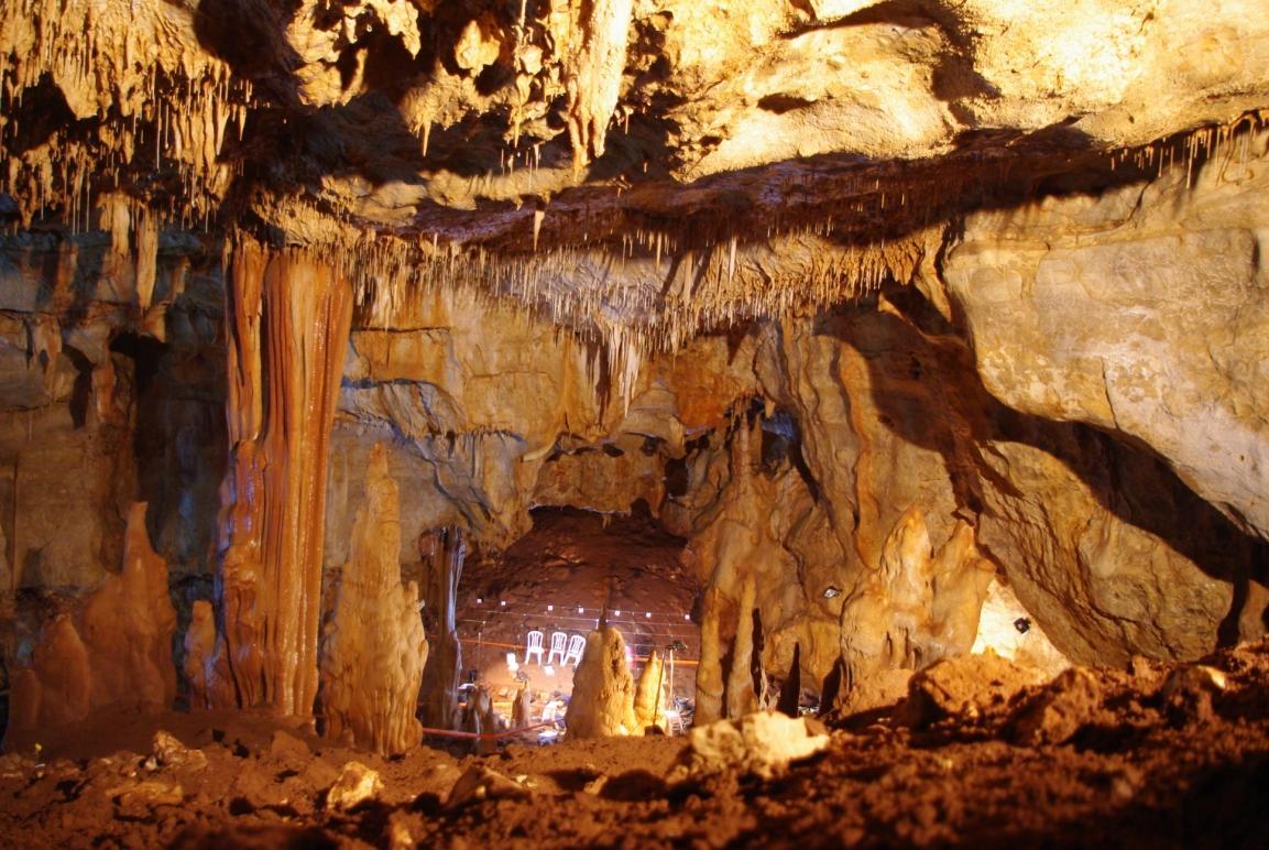 מבט כללי למערת מנות