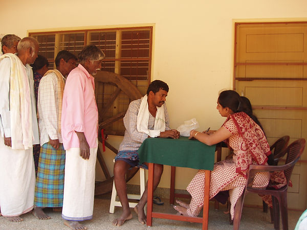 Medical Camp Madihalli 2005.JPG