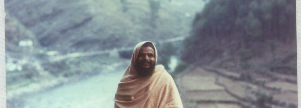 1977 May Swamiji at Utarkashi  .jpg