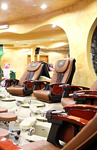 nail , facial , massage , wax , cellulite , kid and other services at L and T Nails Kenwood