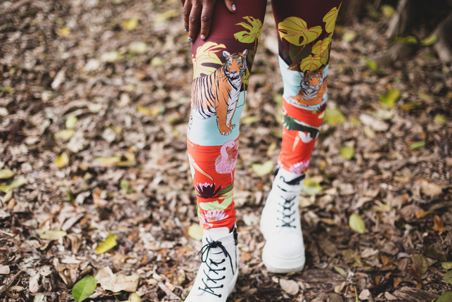 Stephanie wearing the leggings in Swamp Paradise print