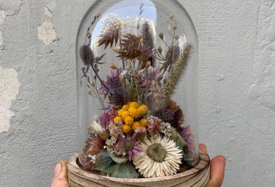 Cloche de fleurs séchées 01
