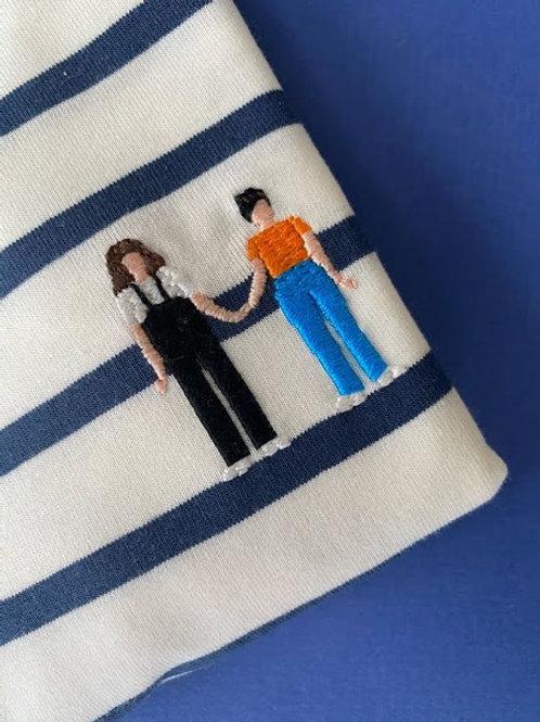 Синяя бретонка с коротким рукавом и вышивкой