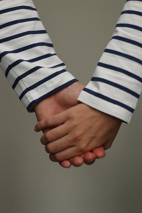 Family look: синяя мужская и  синяя женская бретонка с длинным спущенным рукавом