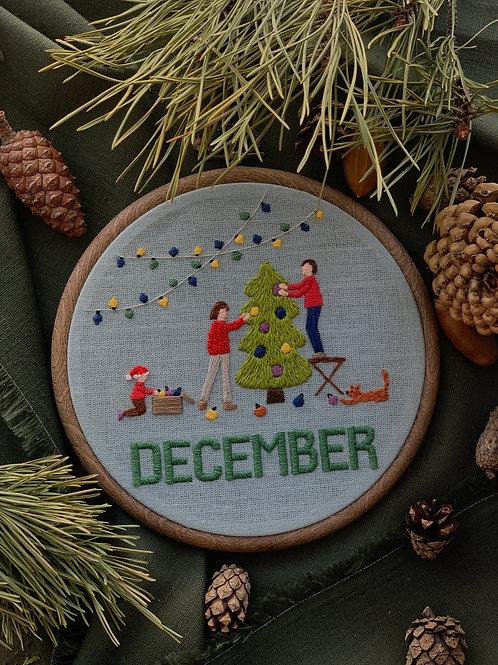 December вышивка в пяльцах