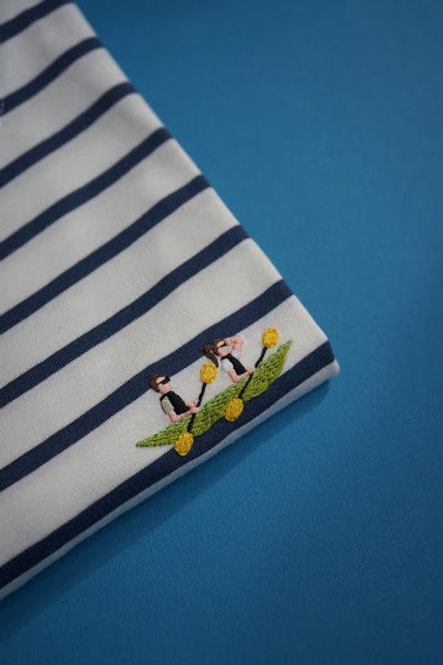 Синяя бретонка с коротким рукавом с вышивкой
