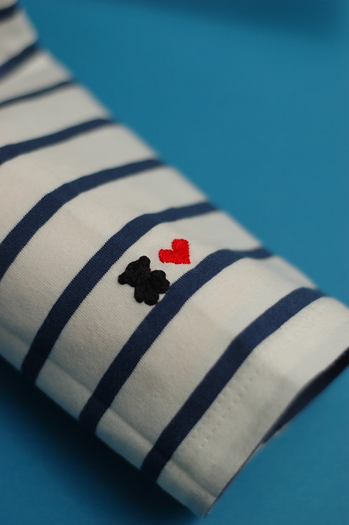 Синяя бретонка с длинным рукавом Довиль с вышивкой на рукаве