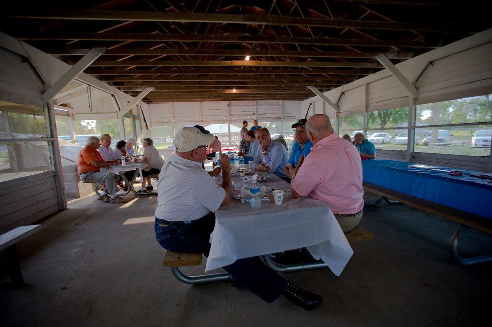 south-dakota-summer-picnic