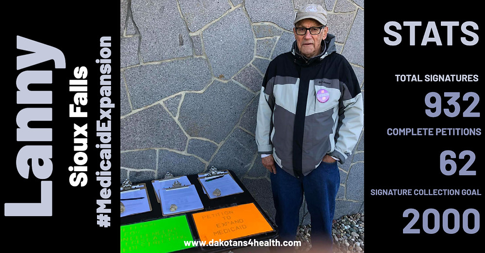 Medicaid expansion petition volunteer at Minnehaha Court House