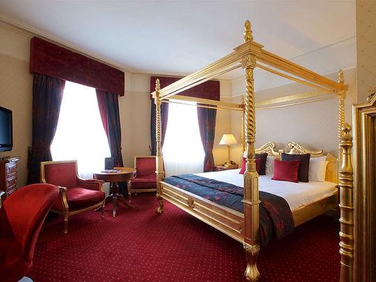 hallmark-hotels-chester-queen-9.jpg