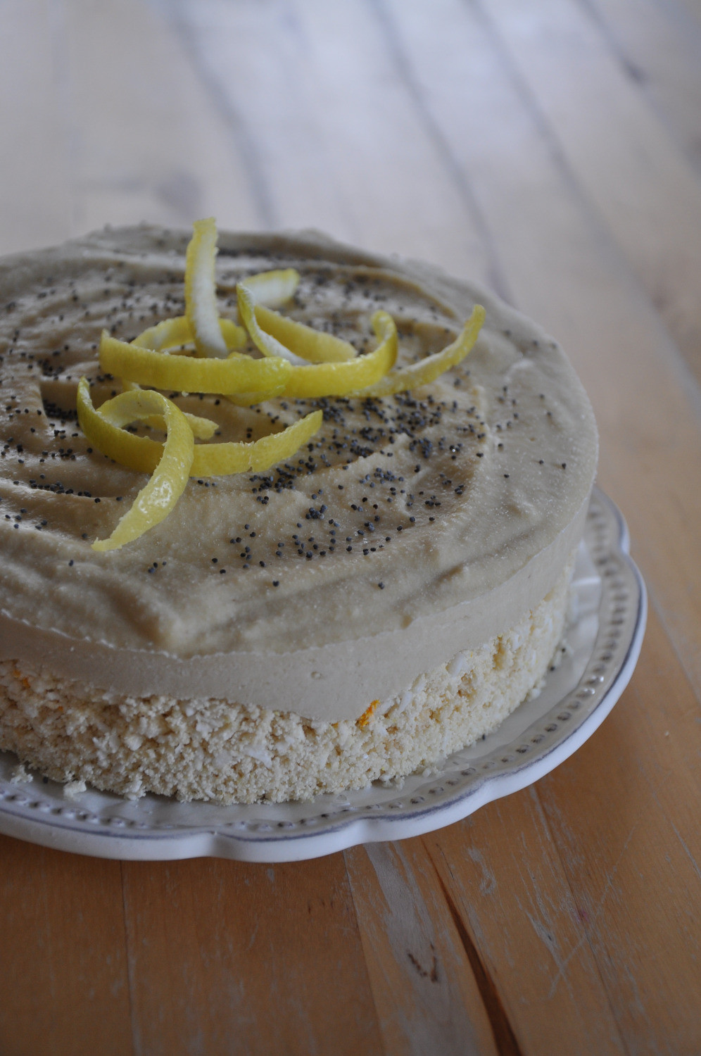 Raw Lemon Cake by Foodie in Pce