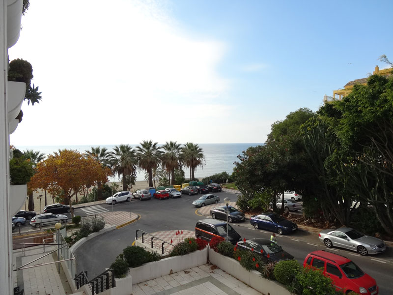 APARTAMENT 1ª LINE BEACH