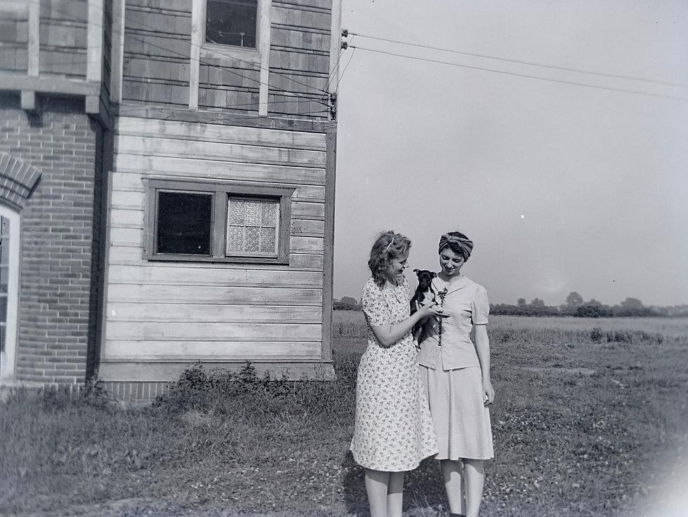 Douglas-Family-Photos-1930s-1940s (56).j