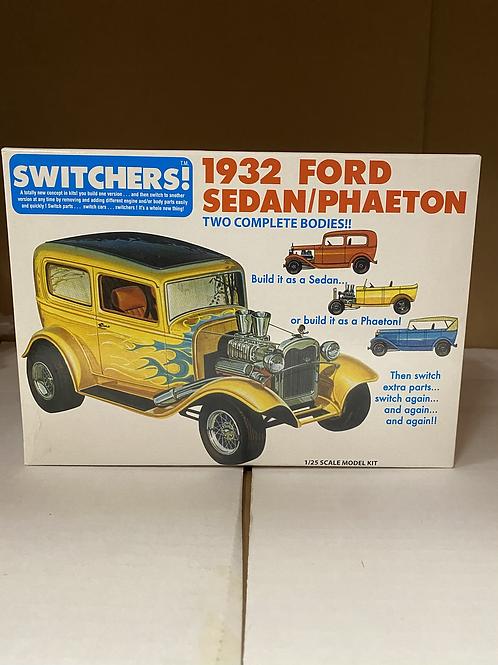 SWITCHERS 1932 FORD PHAETON/SEDAN KIT, 1/25
