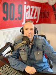 A Jazzy Rádió stúdiójában