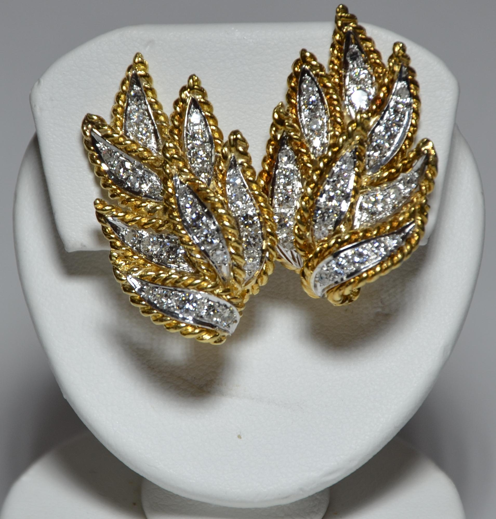 18k Diamond Wings Earring