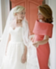 Modern-Mother-of-the-Bride-Style-Mother-