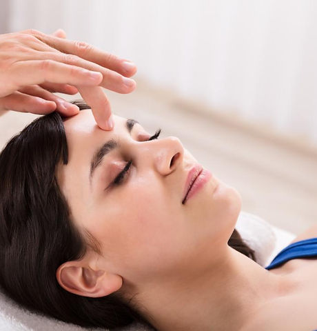 a-woman-receiving-acupressure-on-the-for