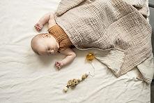 Cocoon Baby Blanket beige.jpg