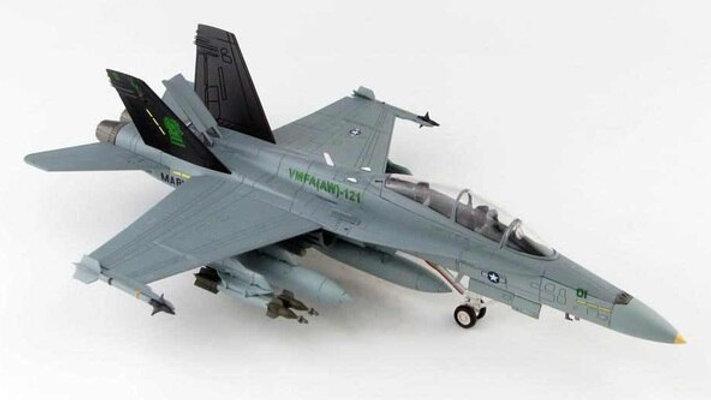 1/72 Mcdonnell Douglas F/A-18D Hornet VMFA(AW)-121 Green Knights, 2004
