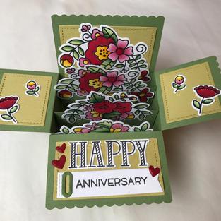 Blooms Pop-Up Anniversary Box