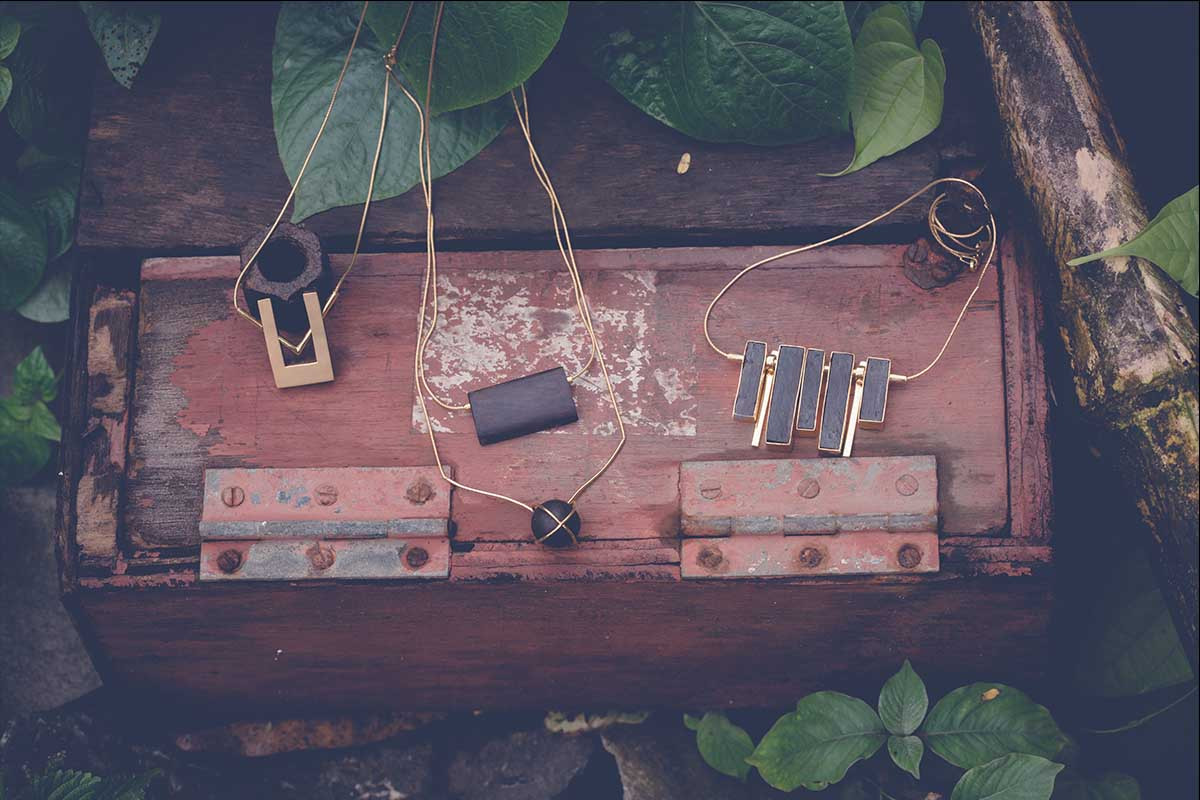 Plank Necklace