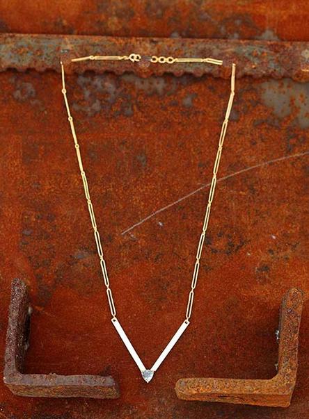 V Plate Necklace