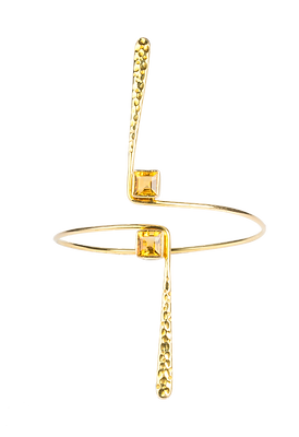 HAMMERED GOLD CUFF.png