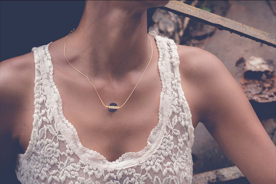 Textured O Necklace