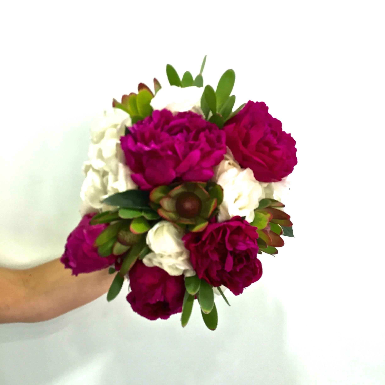 Peonías, Rosas y Proteas