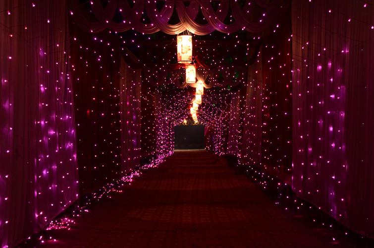 bokeh-christmas-lights-colors-1042152.jp