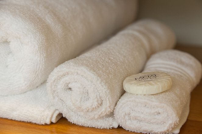 Ample fresh towel supply